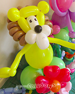 Lion balloon sculpture