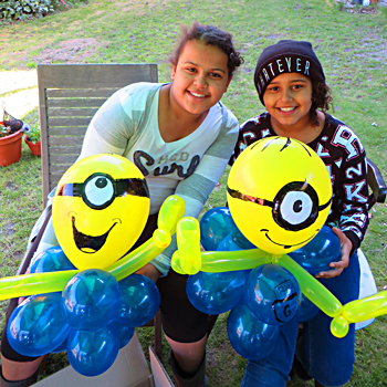 Minion balloon workshop