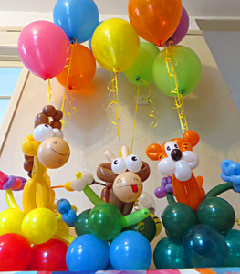 Jungle balloon bouquets